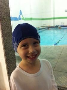 10 dicas de como escolher a escola de natação ideal para o seu filho e 6 do que levar na mochila para as aulas